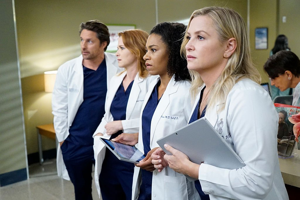 Image Credit: Getty Images/Walt Disney Television via Getty Images/Kelsey McNeal |MARTIN HENDERSON, SARAH DREW, KELLY MCCREARY, JESSICA CAPSHAW on set