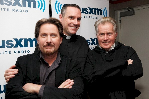 Image Credit: Getty Images / Emilio Estevez with his father, Martin Sheen, and a friend.