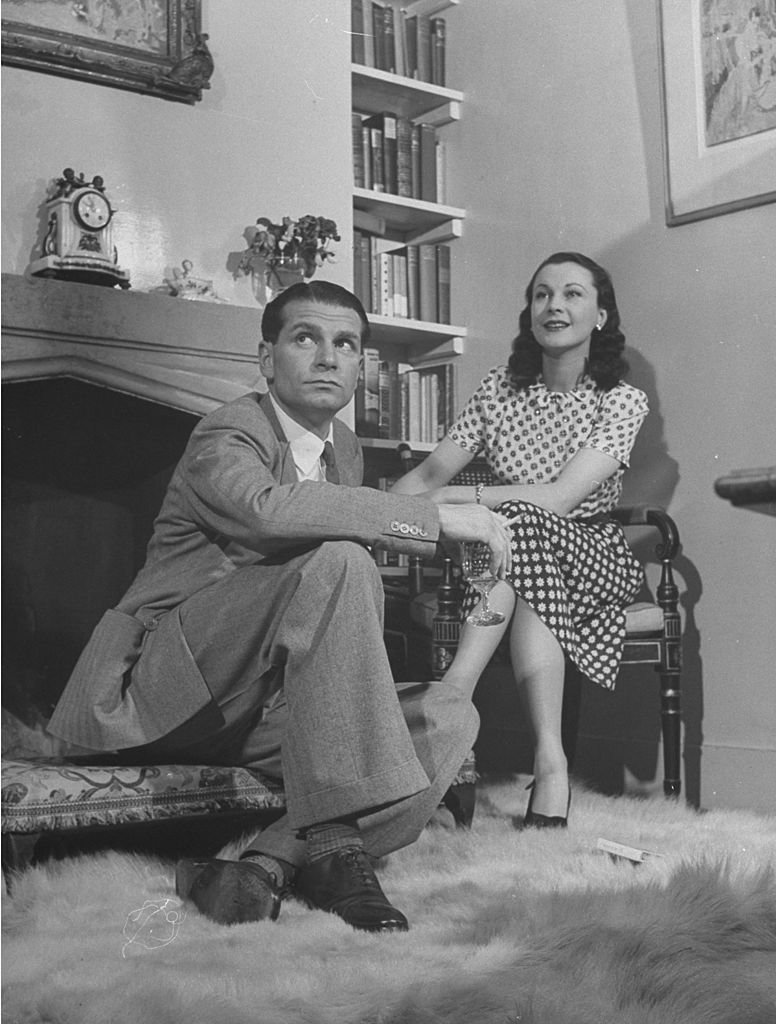 Image Credits: Getty Images / Hans Wild/The LIFE Picture Collection | Vivien Leigh and Laurence Olivier at home