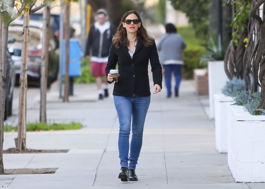 Image Credit: Getty Images / Jennifer Garner is seen on February 05, 2020 in Los Angeles, California.