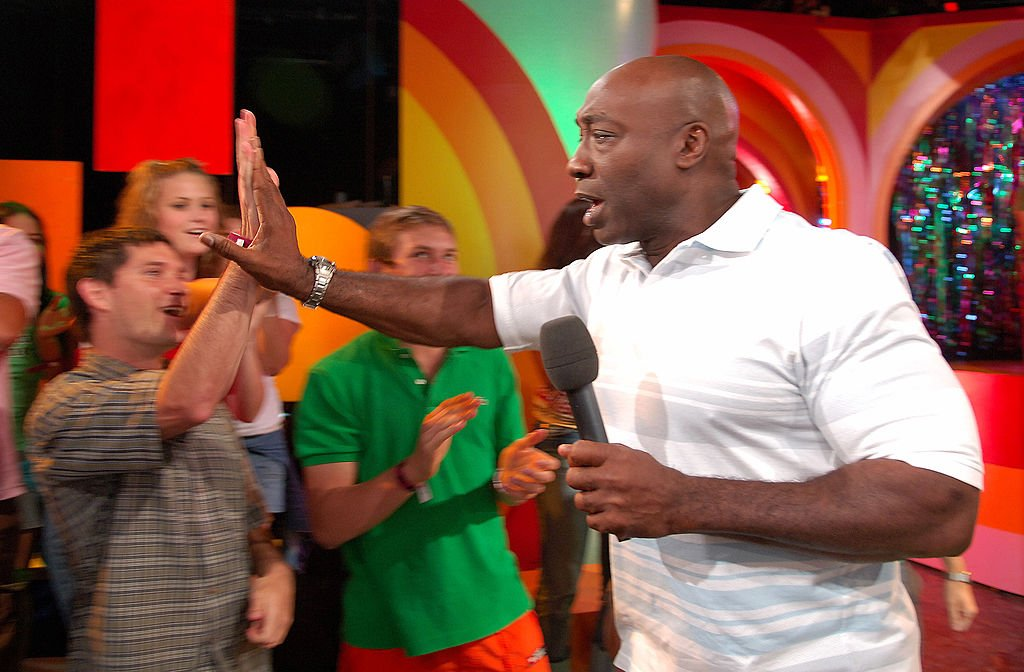 "Image Credit: Getty Images / Michael Clarke Duncan during Scarlett Johansson, Michael Clarke Duncan and The All-American Rejects Visit MTV's ""TRL"" - July 11, 2005 at MTV Studios - Times Square in New York City, New York, United States."