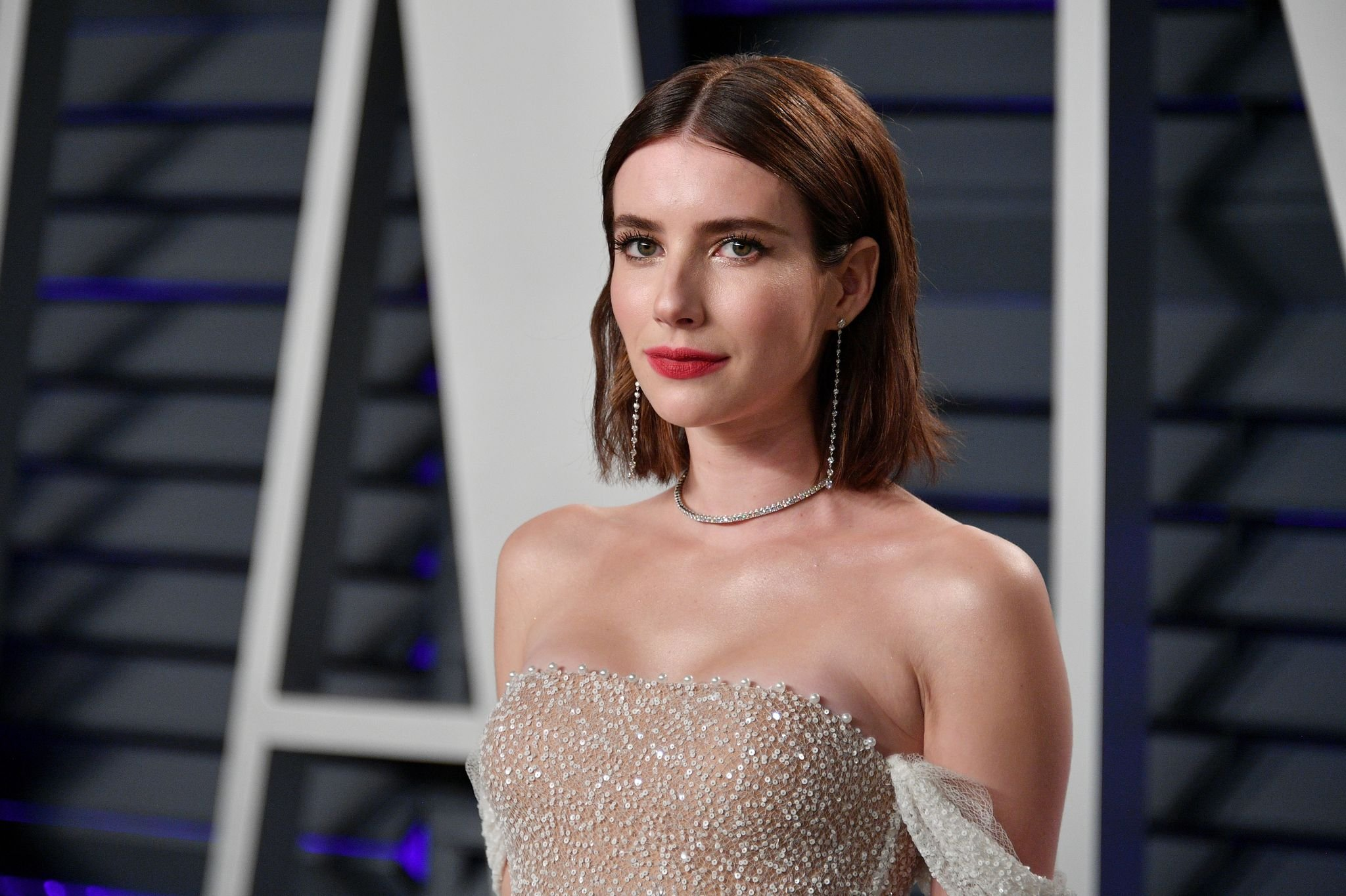 Emma Roberts attends the 2019 Vanity Fair Oscar Party / Getty Images