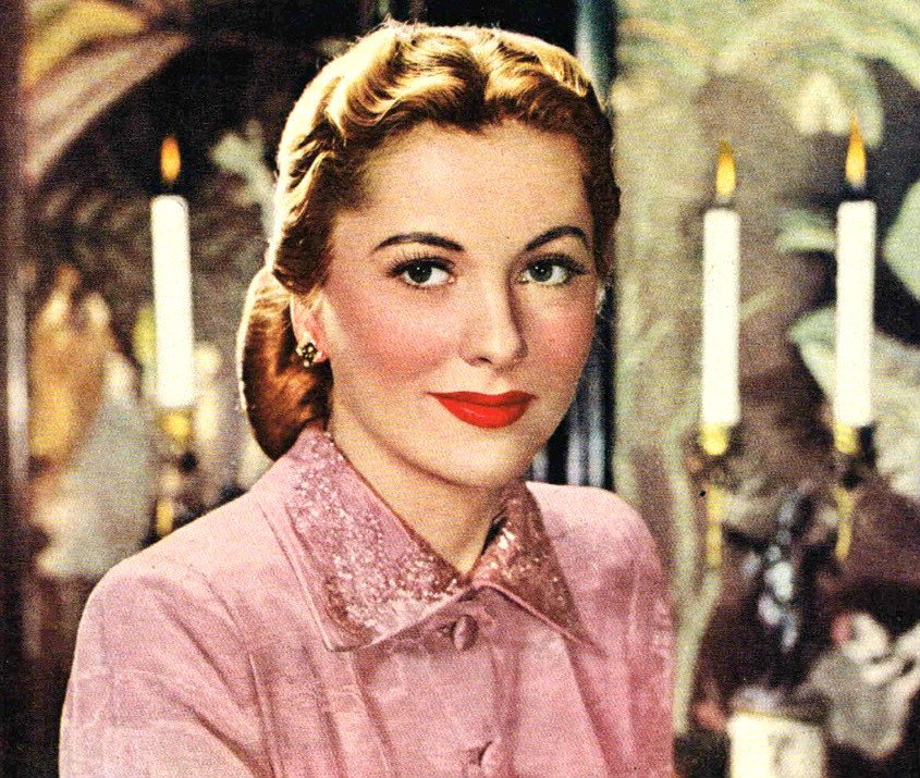 Image Source: Wikimedia Commons/Public Domain/Photo of Joan Fontaine from a Rogers Bros. silverplate ad.