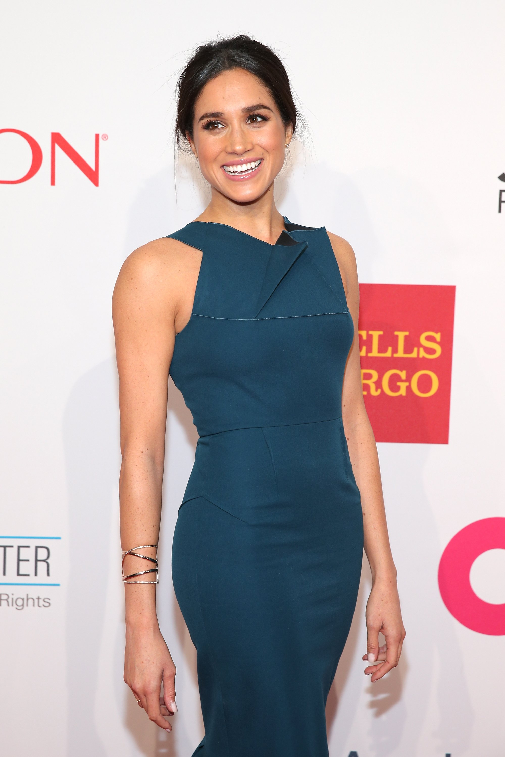 Image Credits: Getty Images / Neilson Barnard   Model Meghan Markle attends the Elton John AIDS Foundation's 13th Annual An Enduring Vision Benefit at Cipriani Wall Street powered by CIROC Vodka on October 28, 2014 in New York City.