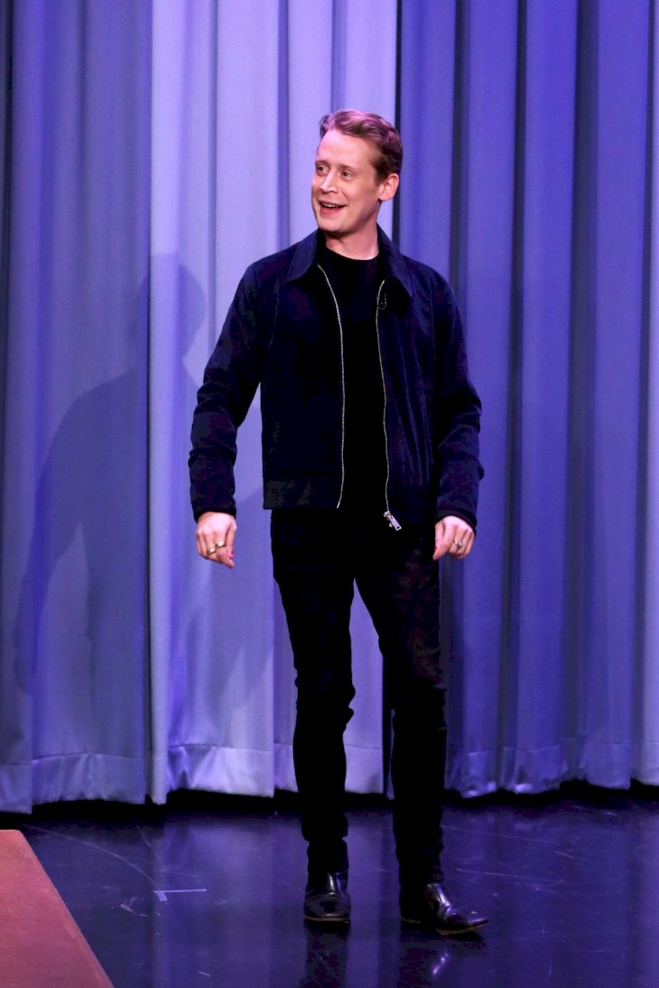 THE TONIGHT SHOW STARRING JIMMY FALLON -- Episode 0970 -- Pictured: Actor Macaulay Culkin arrives to the show on November 28, 2018 -- (Photo by: Andrew Lipovsky/NBCU Photo Bank/NBCUniversal via Getty Images via Getty Images)