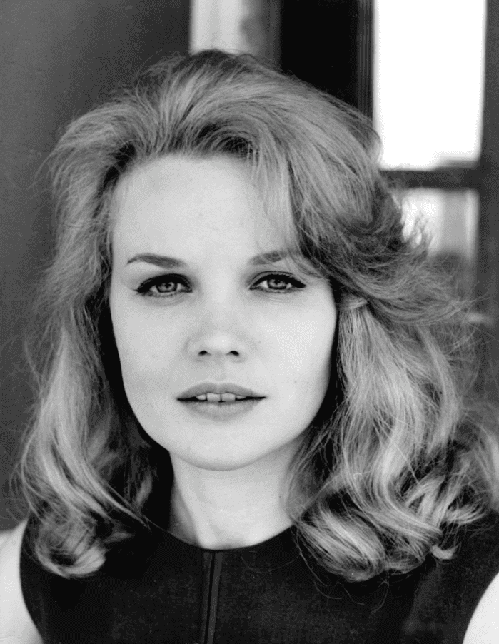 Image Source: Wikimedia Commons|Carroll Baker in 1962