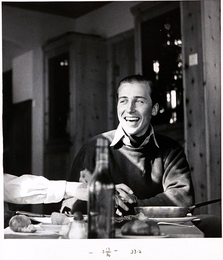 Image Credits: Getty Images / Henry Clarke / Condé Nast   Lord Porchester at the Corviglia Club, St. Moritz, Switzerland.