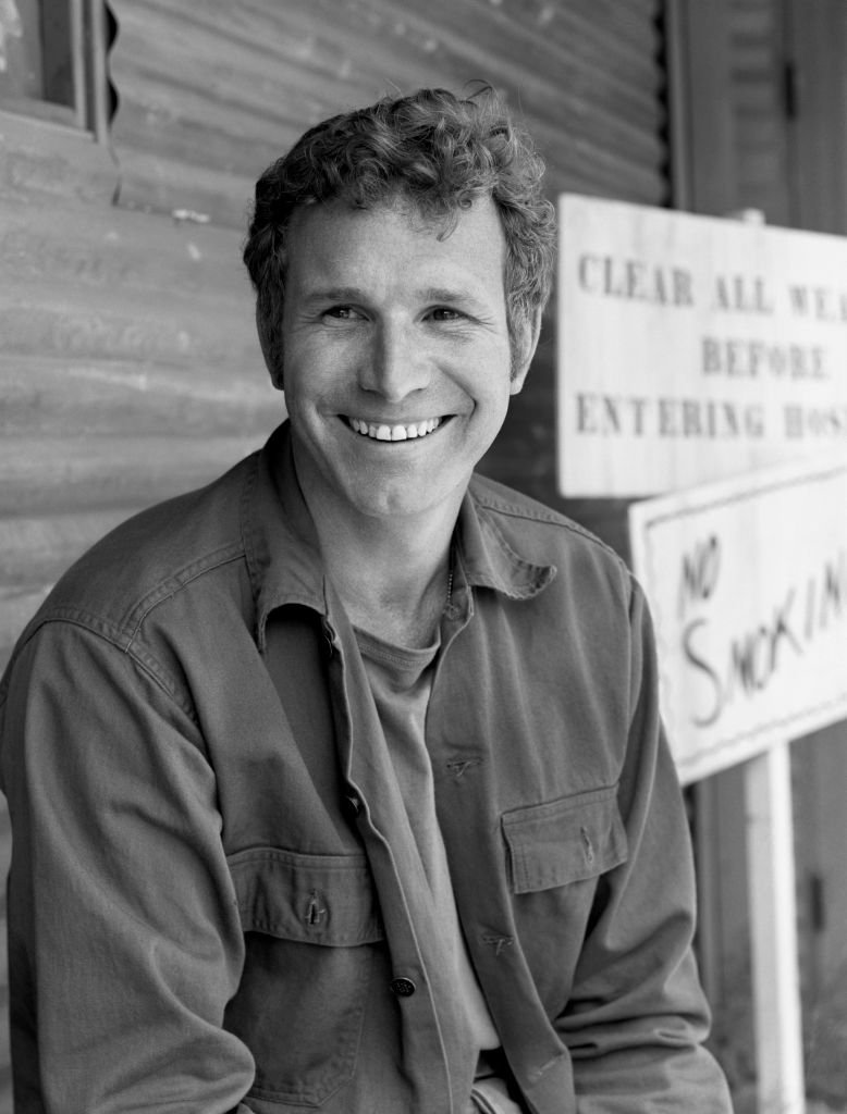 Image Credits: Getty Images | Wayne Rogers on set