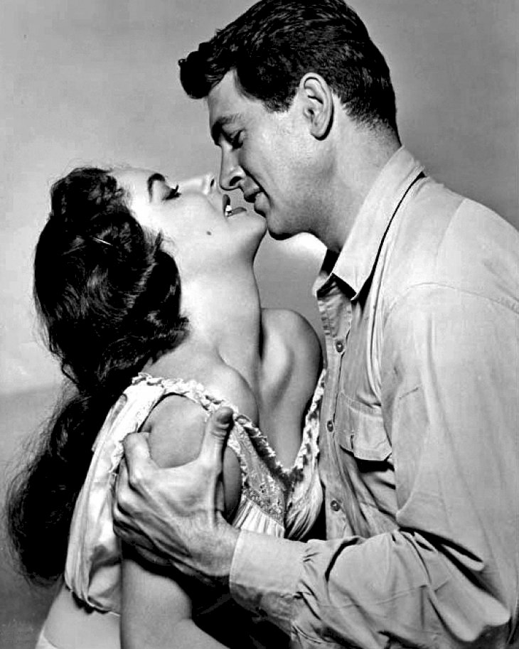 Image Credit: Wikimedia Commons/Public Domain | Rock Hudson and Elizabeth Taylor in Giant