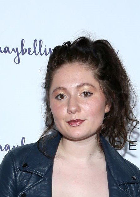 Emma Kenney started acting when she was 5 / Getty Images
