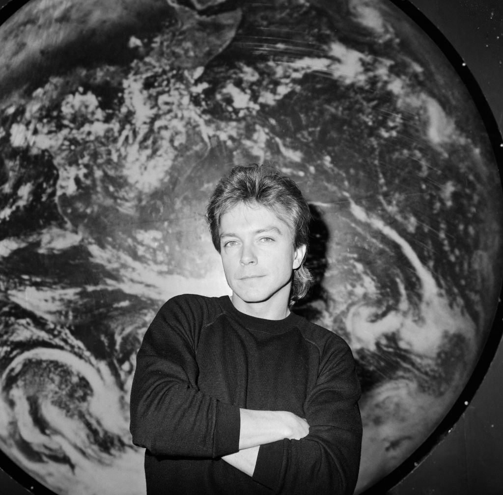 Image Credit: Getty Images / Actor and singer, David Cassidy poses for a photo.