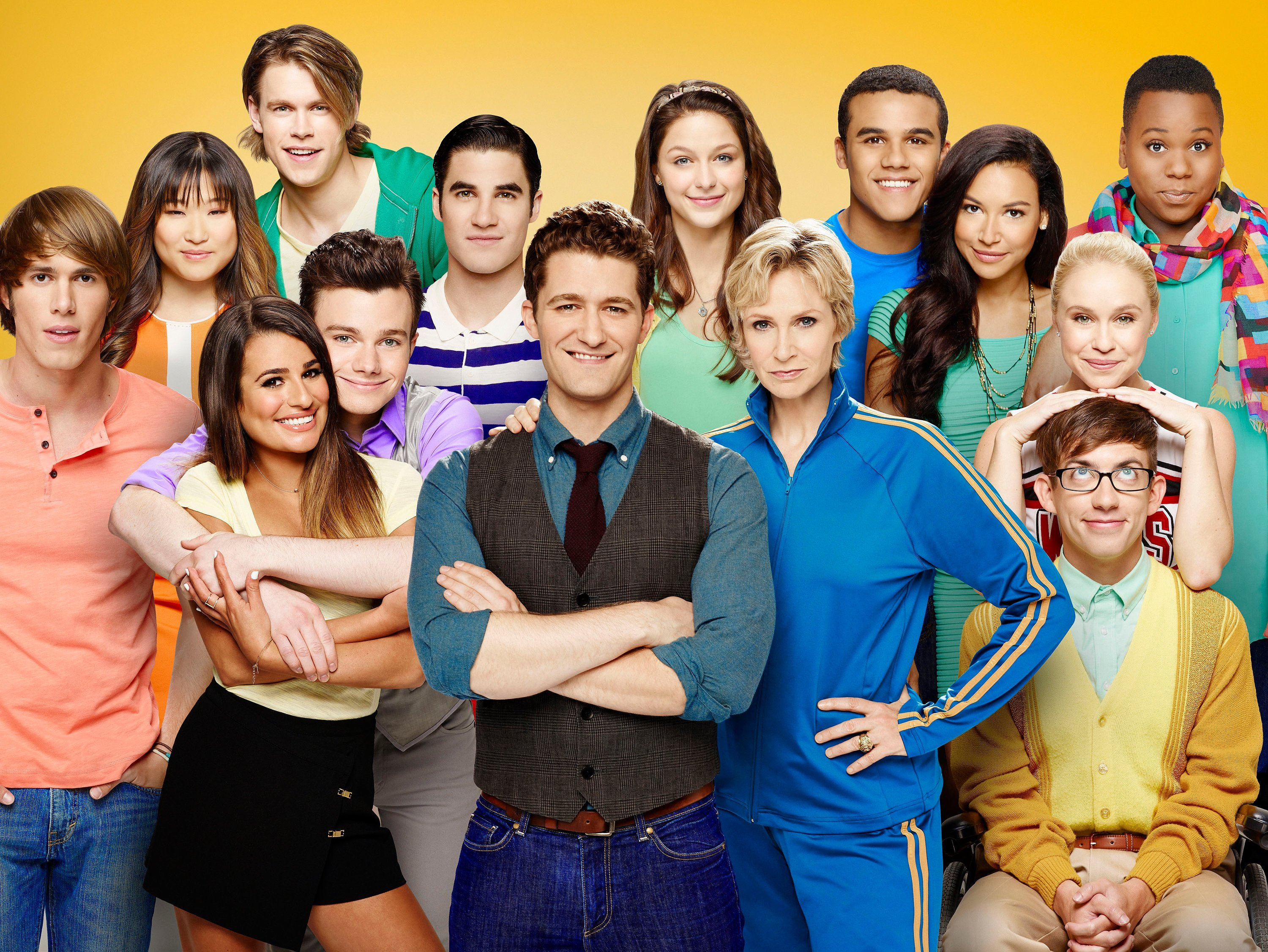 Image Source: Getty Images/The Glee cast by Fox