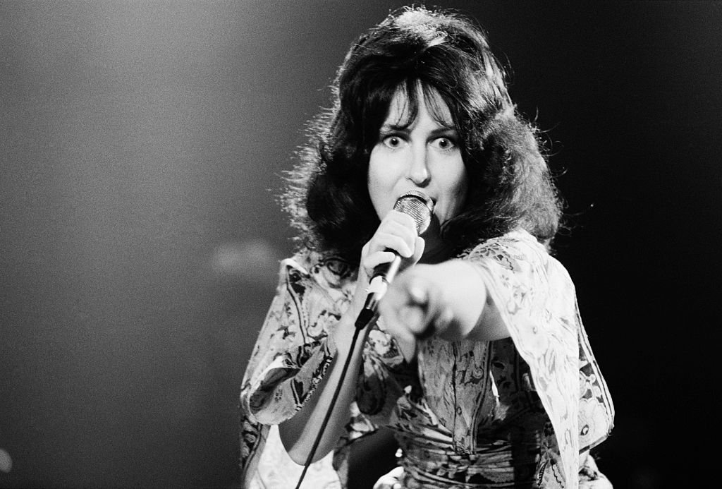 Image Credits: Getty Images / Michael Putland | American singer Grace Slick performing with American rock group Jefferson Starship, New York, USA, September 1978.