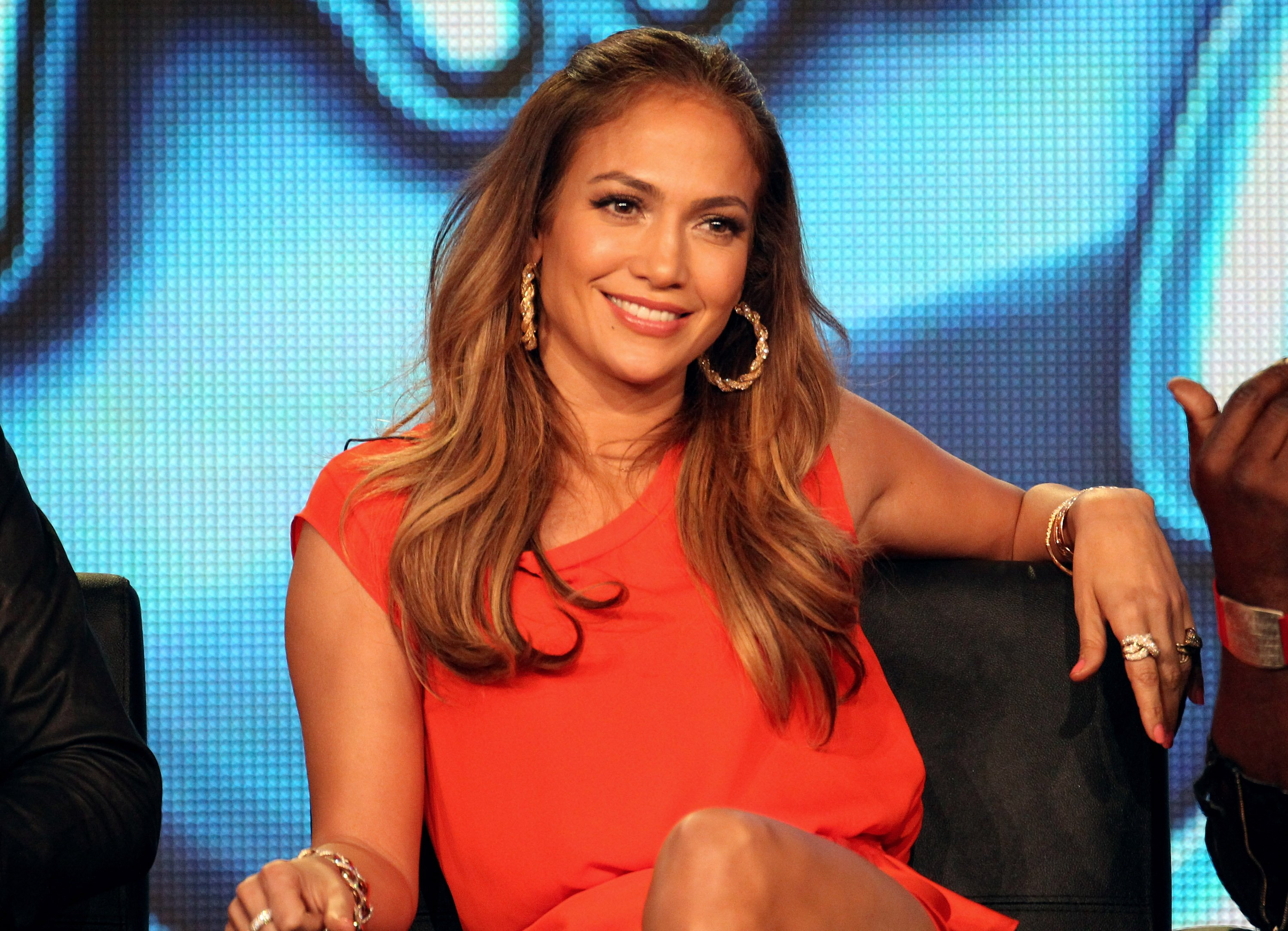 Image Credit: Getty Images / Jennifer Lopez on the set of American Idol.