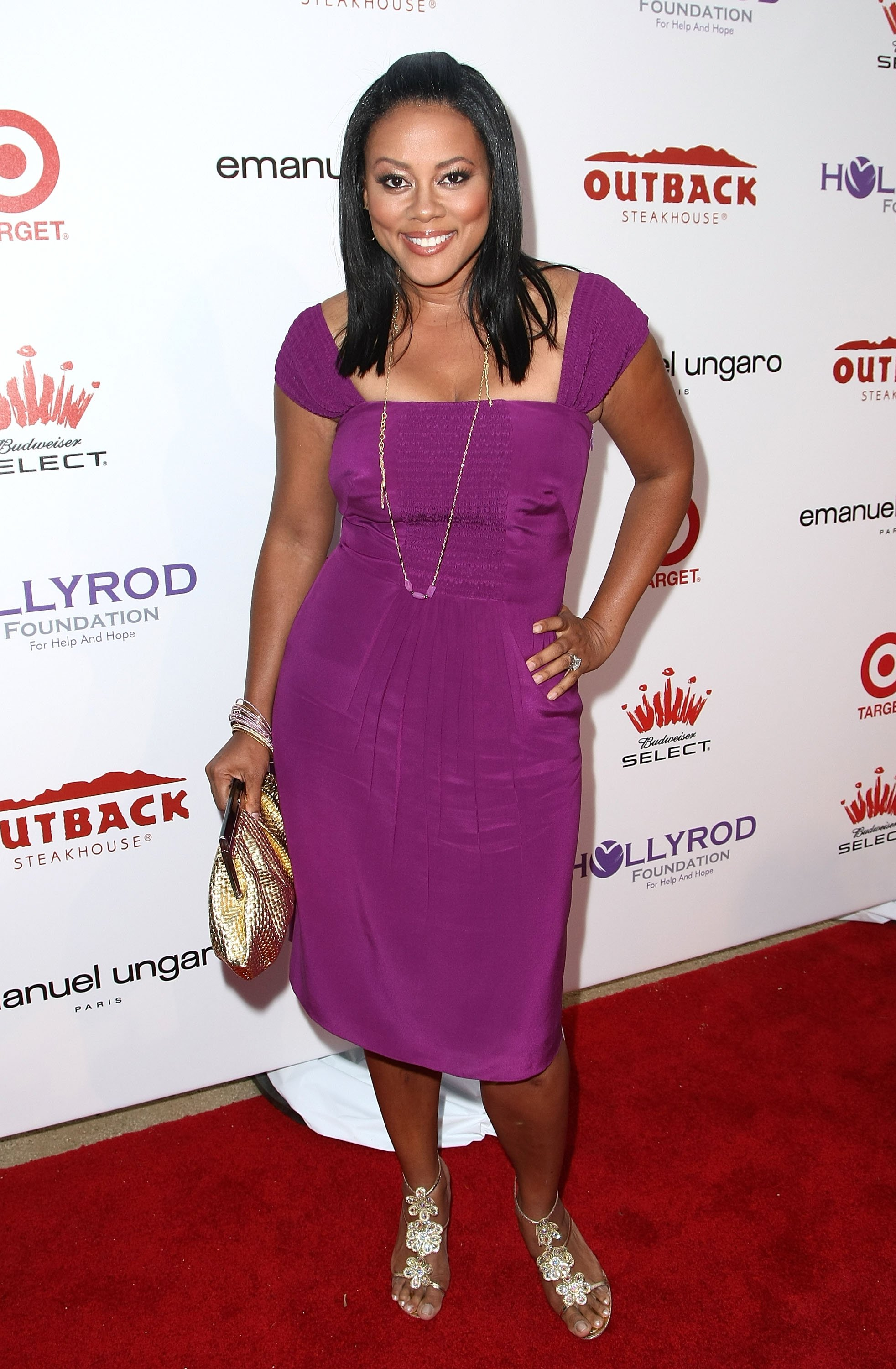 Image Credits: Getty Images / Alberto E. Rodriguez | Actress Lela Rochon arrives at the 10th Annual DesignCure Benefit for the HollyRod Foundation held at a private estate on July 19, 2008 in Malibu, California.
