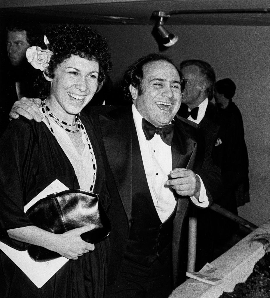 Image Source: Getty Images/Ron Galella/hea Perlman and Danny DeVito attend 36th Annual Golden Globe Awards on January 27, 1986 at the Beverly Hilton Hotel in Beverly Hills, California