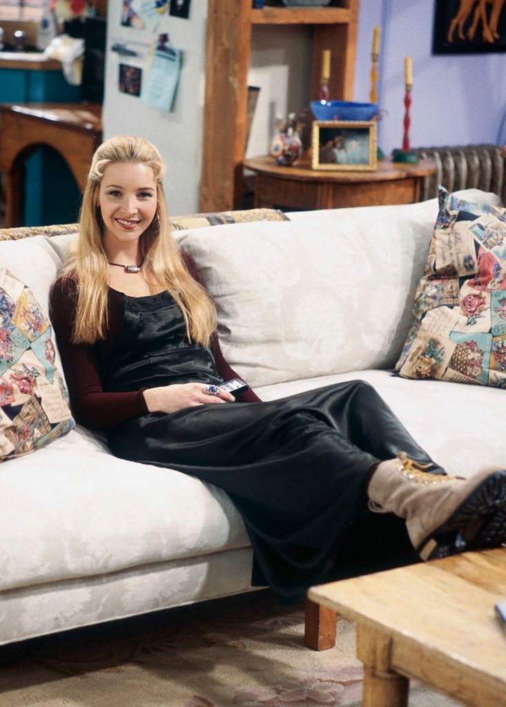 Phoebe on the set of Friends/Photo:Getty Images