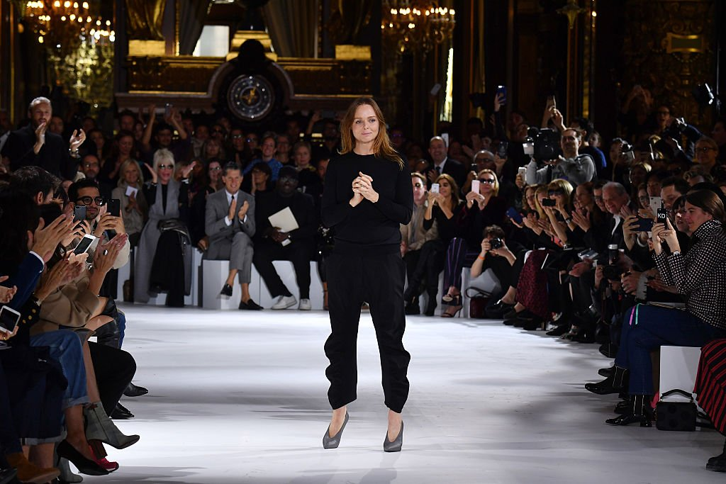 Image Credits: Getty Images / Pascal Le Segretain | Stella McCartney poses on the runway during the Stella McCartney show as part of the Paris Fashion Week Womenswear Spring/Summer 2017 on October 3, 2016 in Paris, France.