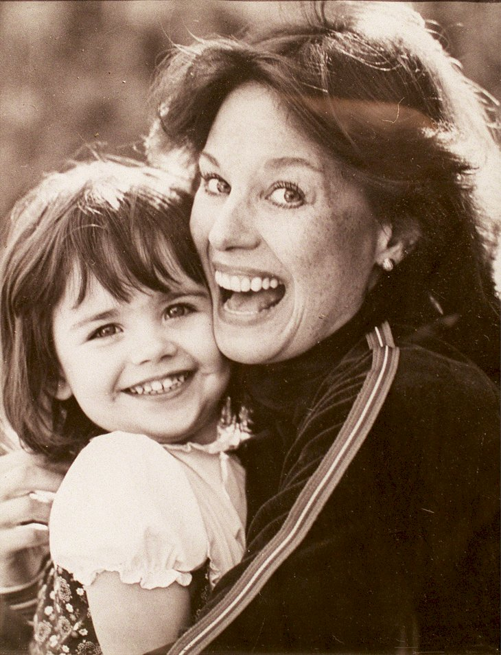 Image Credit: Getty Images / Lana Wood with her daughter.