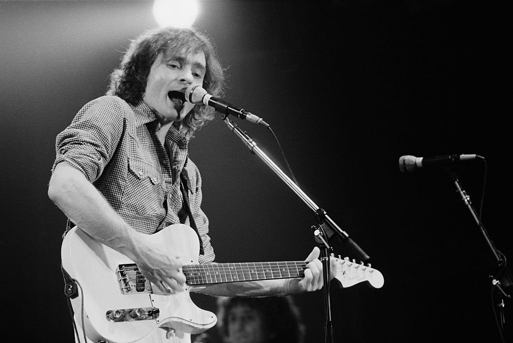Image Credits: Getty Images / Michael Putland | American musician Marty Balin performing with rock group Jefferson Starship, New York, USA, September 1978.