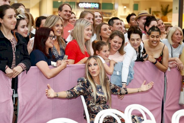 Image Credits: Getty Images / Daniel Pockett | Sarah Jessica Parker meets fans at Highpoint Shopping Centre on October 23, 2019 in Melbourne, Australia.