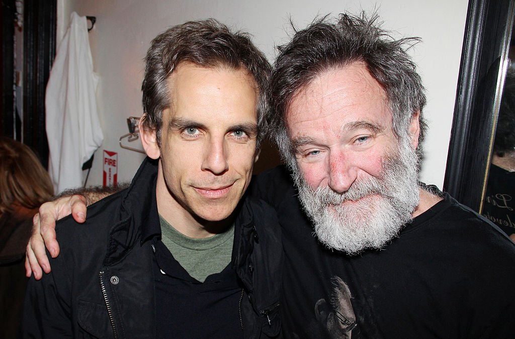 "Image Credits: Getty Images / Bruce Glikas / FilmMagic | Ben Stiller and Robin Williams pose backstage at the hit play ""Bengal Tiger At The Baghdad Zoo"" on Broadway at The Richard Rogers Theater on April 3, 2011 in New York City."