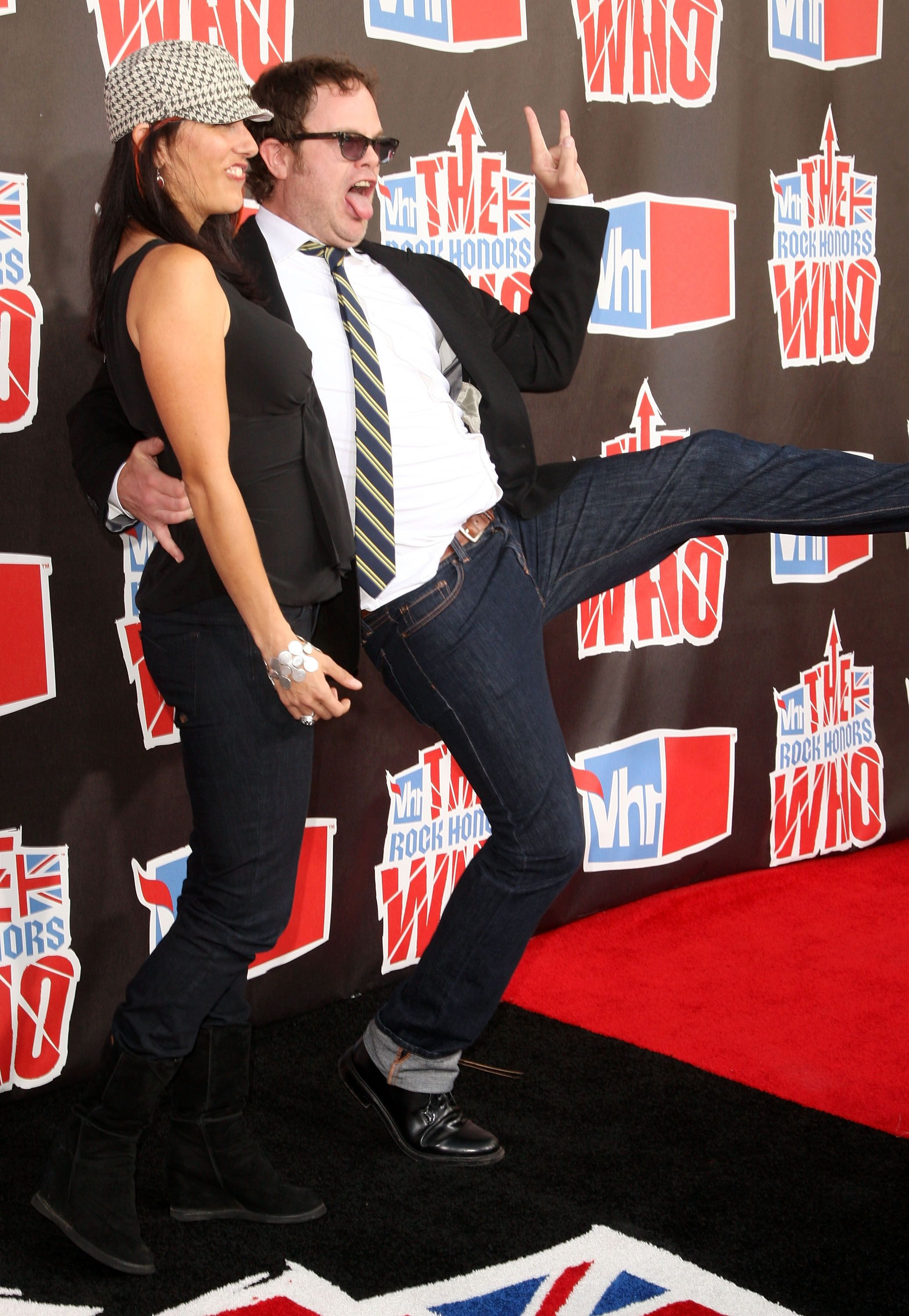 Writer Holiday Reinhorn with husband actor Rainn Wilson arrives at the 2008 VH1 Rock Honors / Getty Images