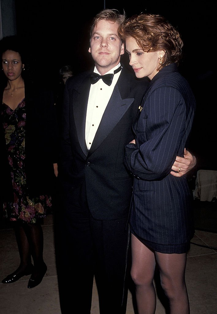 Image Source: Getty Images/Ron Galella, Ltd./Actor Kiefer Sutherland and actress Julia Roberts attend the 48th Annual Golden Globe Awards on January 19, 1991 at Beverly Hilton Hotel in Beverly Hills, California