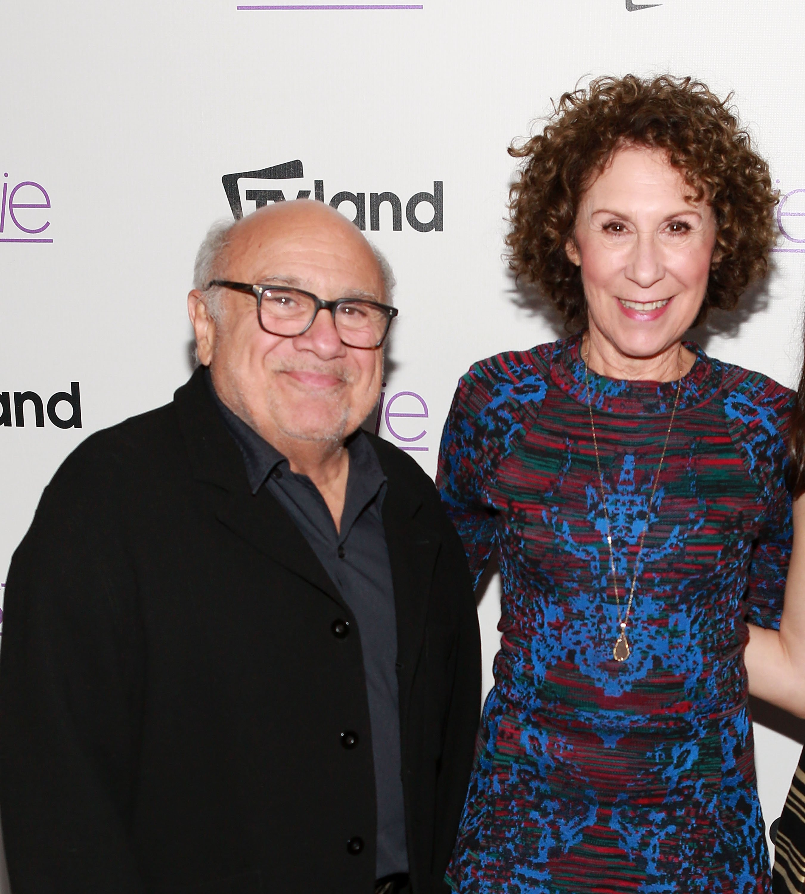 Image Source: Getty Images/Danny DeVito and Rhea Perlman