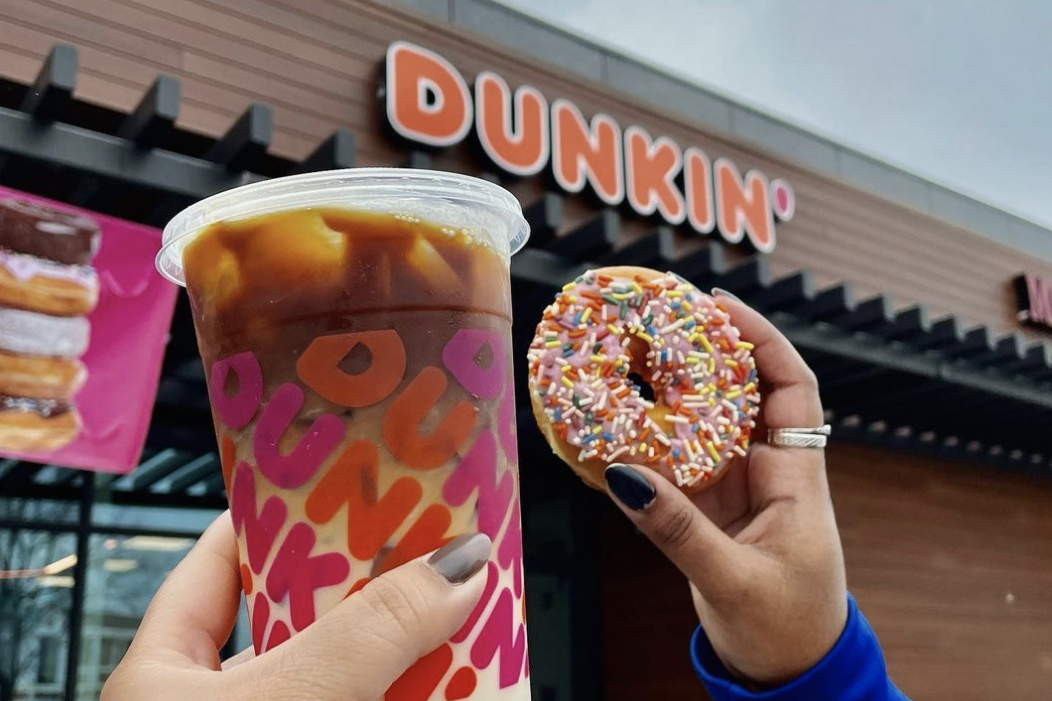 Curious Rules That Dunkin' Donuts Workers Have To Follow