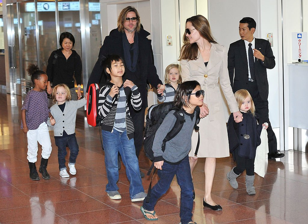 Image Source: Getty Images/Brad Pitt and Angelina Jolie with their children