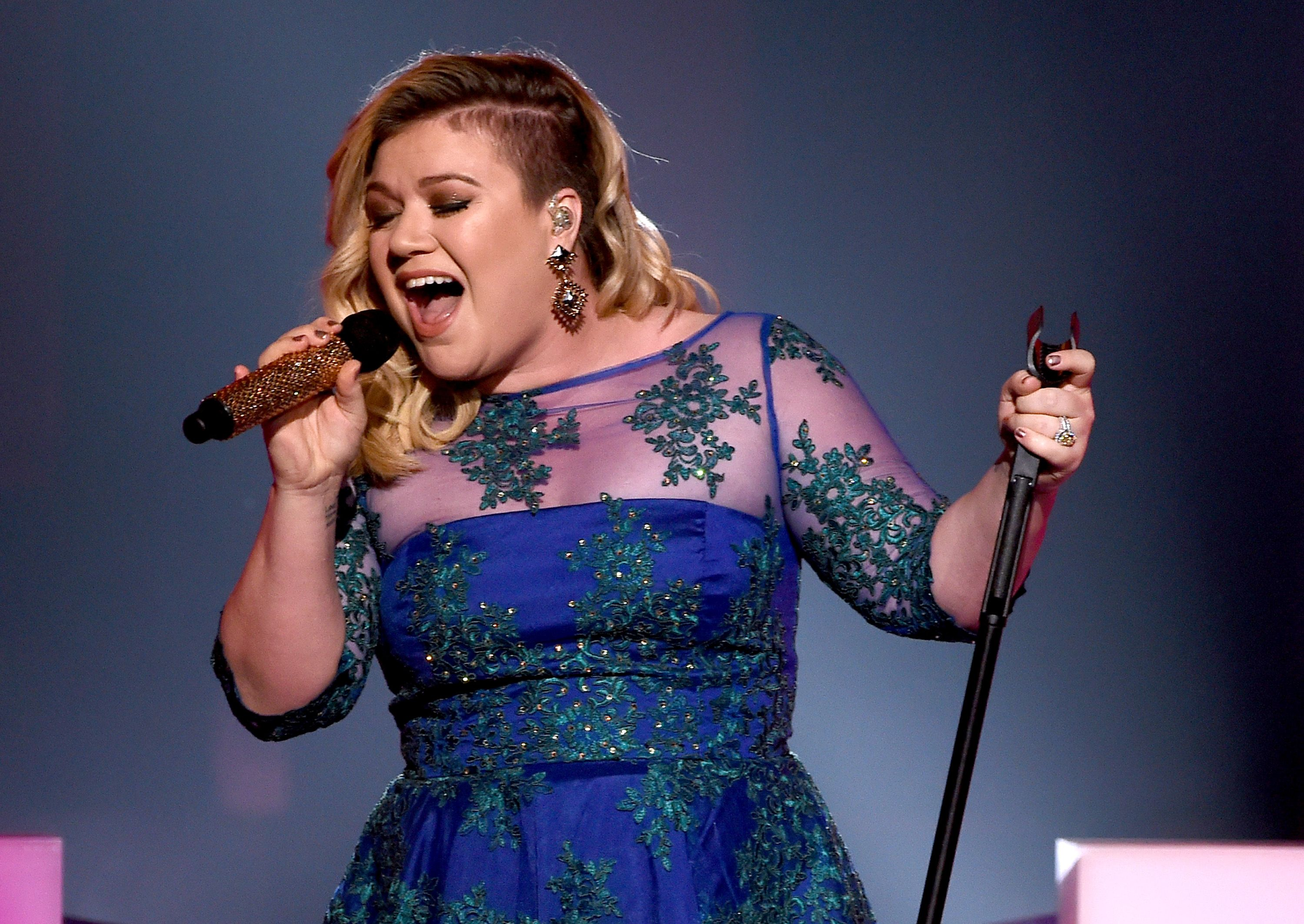 Kelly Clarkson at one of her performances / Getty Images