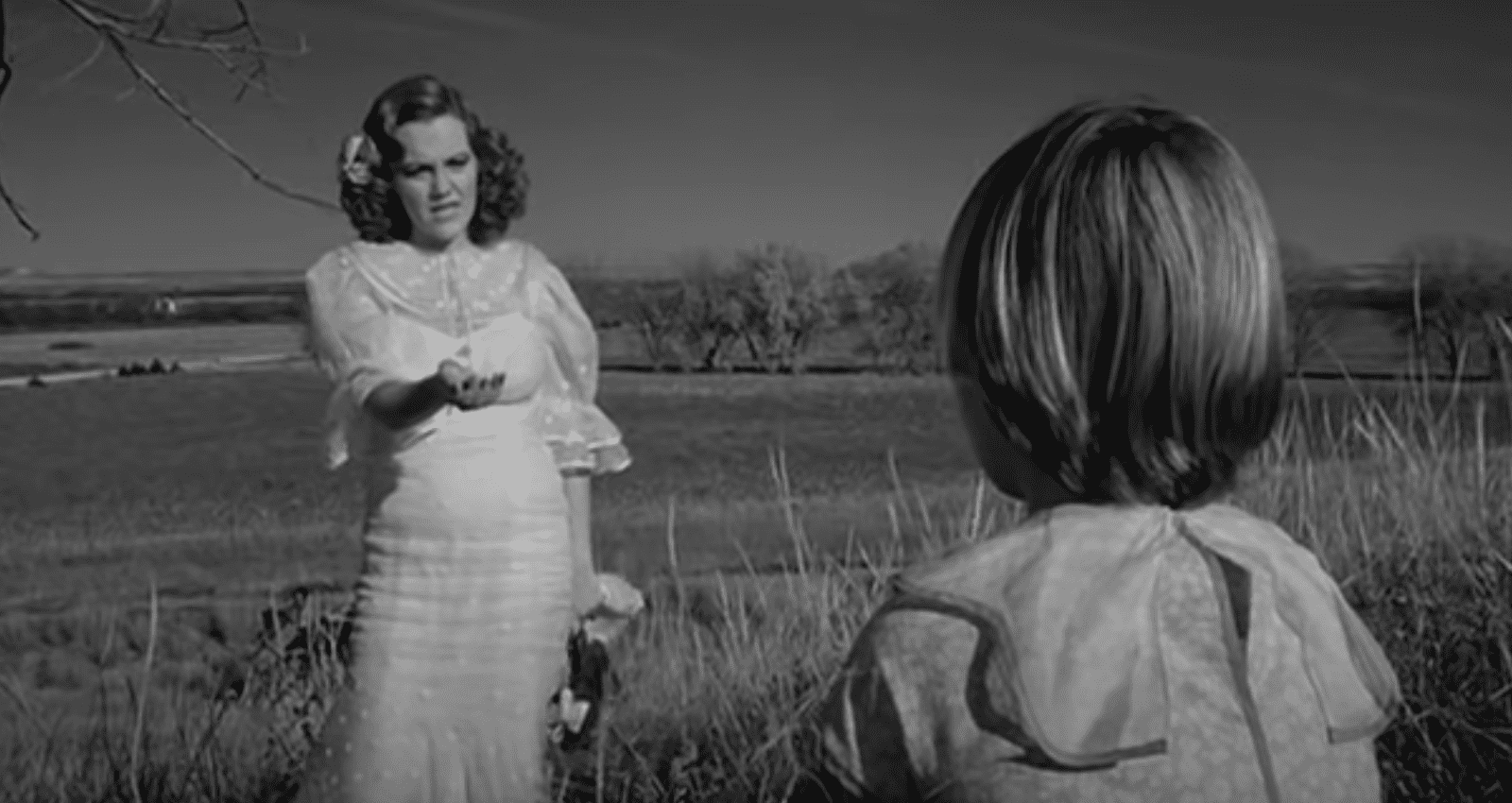 Image Source: Youtube/madelinekahn|Paper Moon/Paramount Pictures