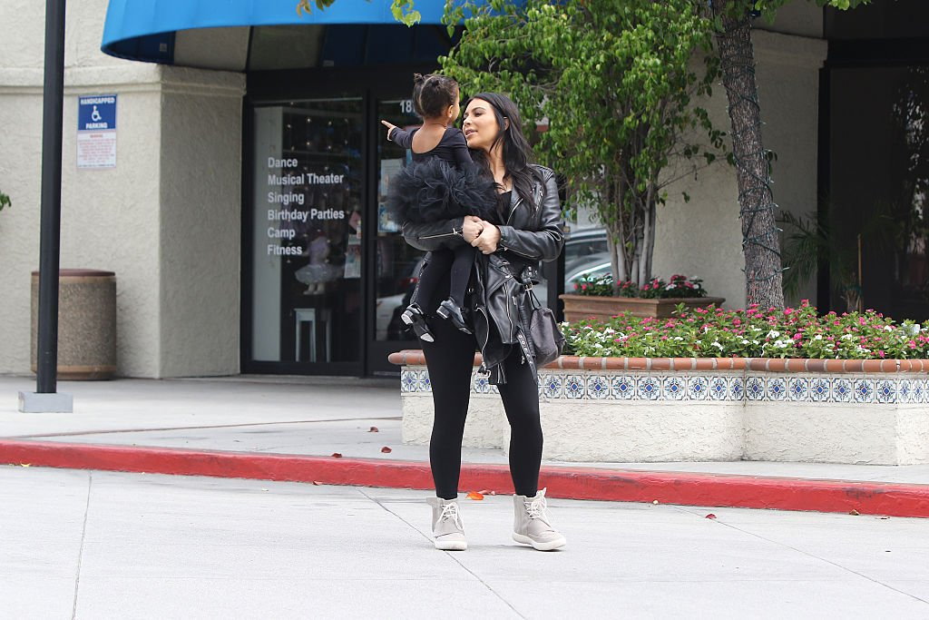 Image Credit: Getty Images / Kim Kardashian and her daughter North West are seen on May 21, 2015 in Los Angeles, California.