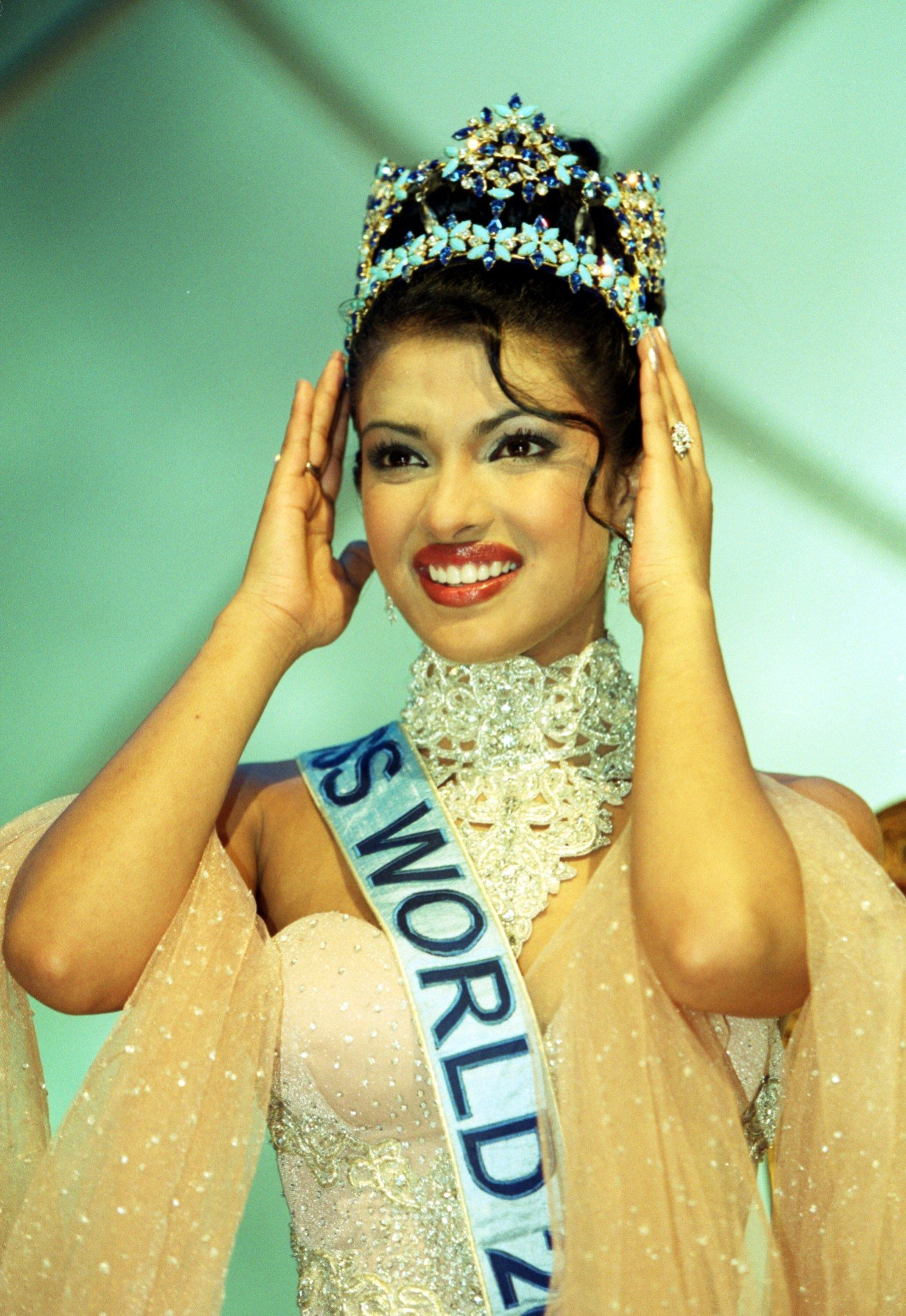 Image Credits: Getty Images | The former Miss World, Priyanka Chopra at her crowning ceremony in 2000.