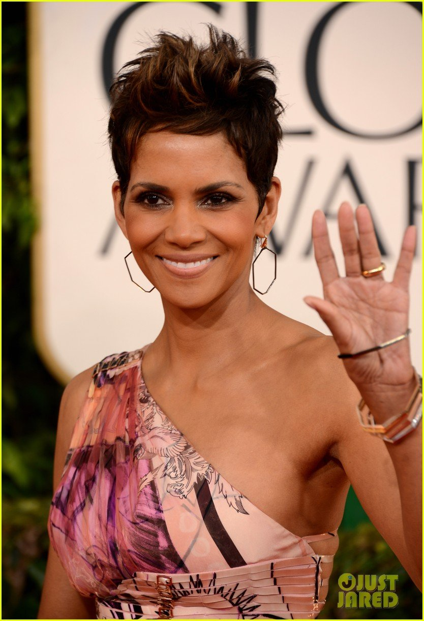 Image Credits: Flickr | Halle Berry has no dubts about aliens