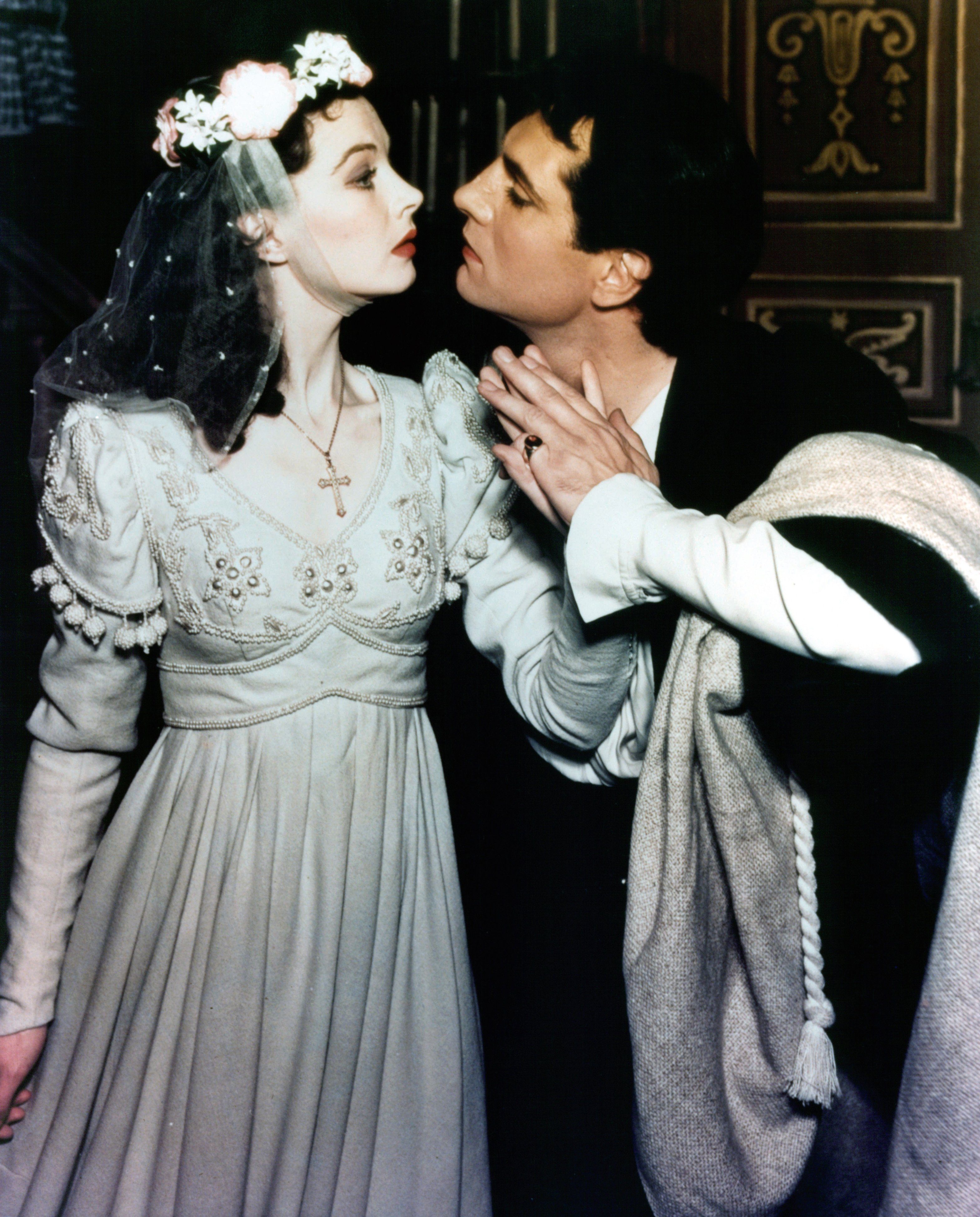 Image Credits: Getty Images | Vivien Leigh and Laurence Olivier performing together