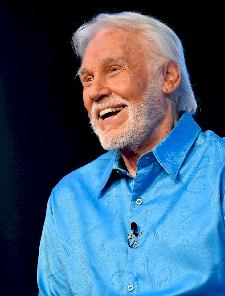 Image Credit: Getty Images / Kenny Rogers at an event.