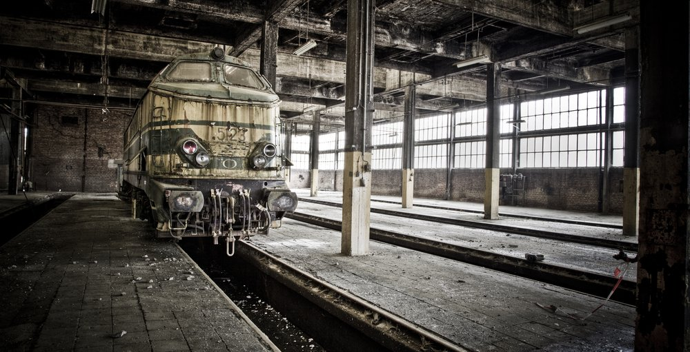 A train abandoned at an old train station | Shutterstock