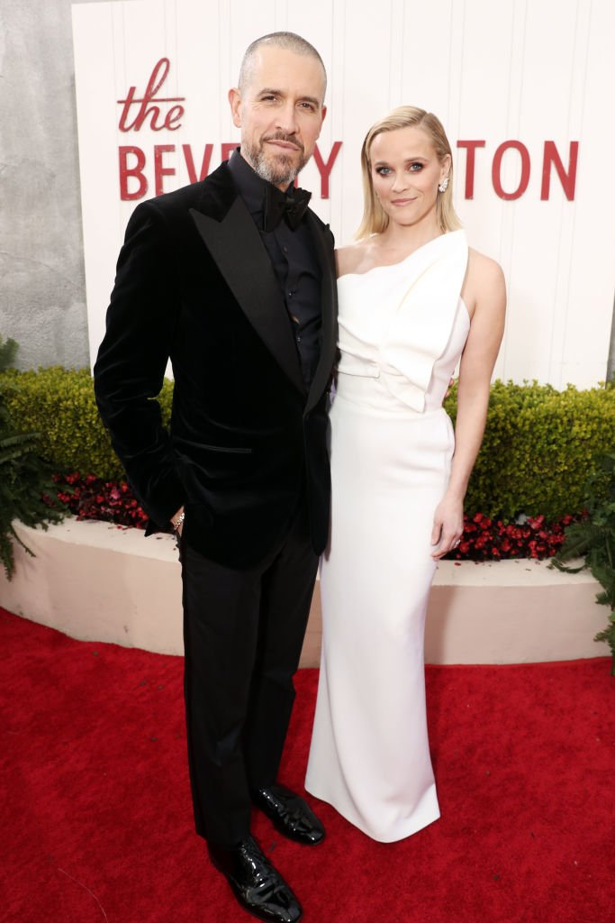 Image Source: Getty Images/NBCU Photo Bank via Getty Images/NBC/Todd Williamson | Toth and Witherspoon at the 77th Annual Golden Globe Awards