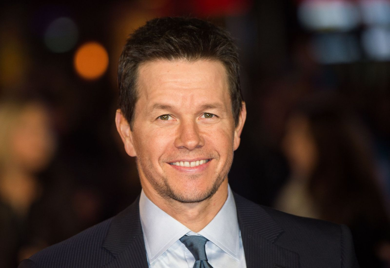 "Mark Wahlberg attends the UK Film Premiere of ""Daddy's Home""at Vue West End 2015 in London, England/Photo:Getty Images"