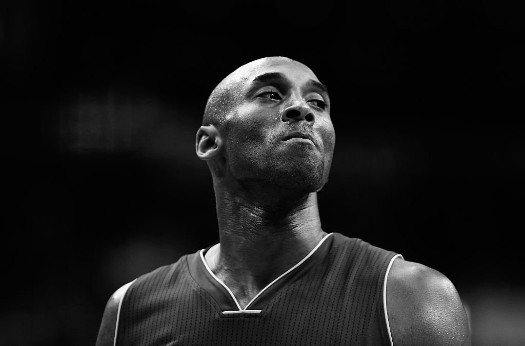 Image Credit: Getty Images / Kobe Bryant #24 of the Los Angeles Lakers looks on against the Washington Wizards in the first half at Verizon Center on December 2, 2015.