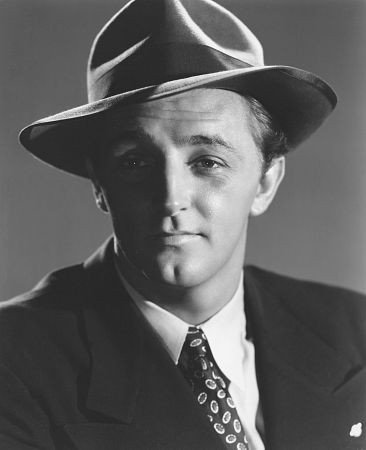 Image Source: Wikimedia Commons/Promotional photograph of actor Robert Mitchum