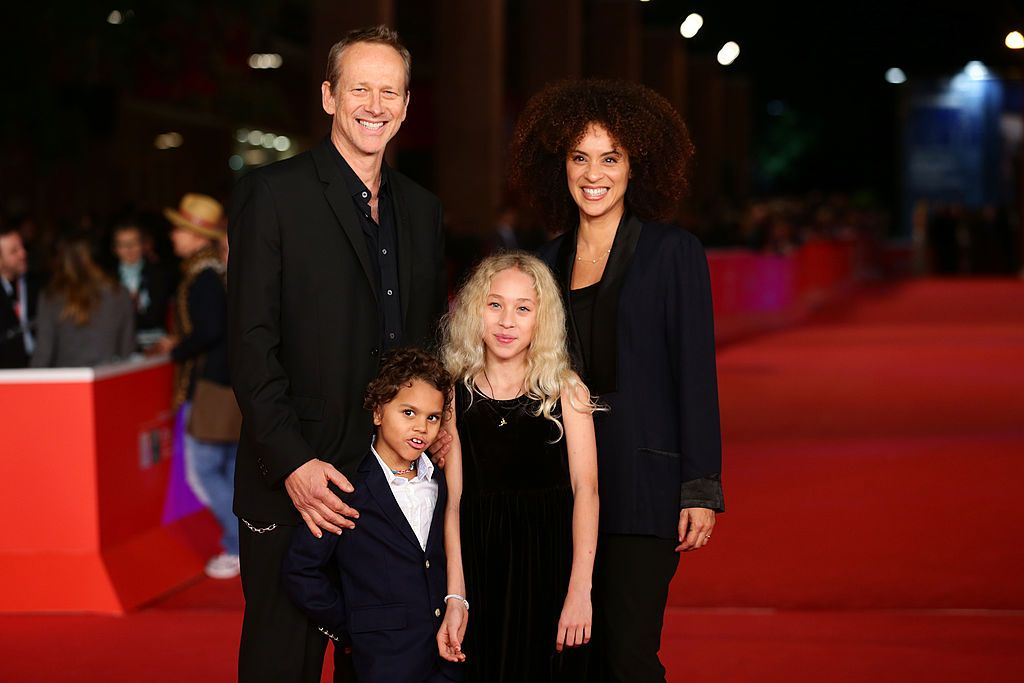 Karyn Parsons and her family/Photo:Getty Images