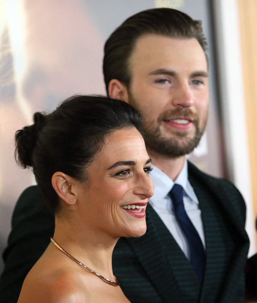 "Image Source: Getty Images/David Livingston/Actors Jenny Slate (L) and Chris Evans attend the premiere of Fox Searchlight Pictures' ""Gifted"" at Pacific Theaters at The Grove on April 4, 2017"