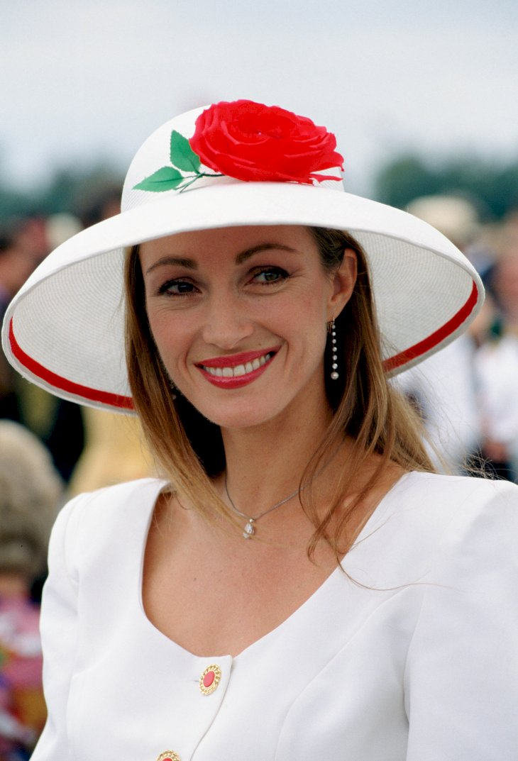 Image Credit: Getty Images / Jane Seymour in public.