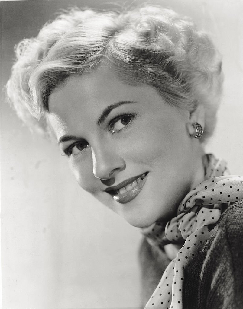 """Image Source: Getty Images/Mondadori/Promotional portrait of Fontaine for 1950's """"Born to be Bad"""""""