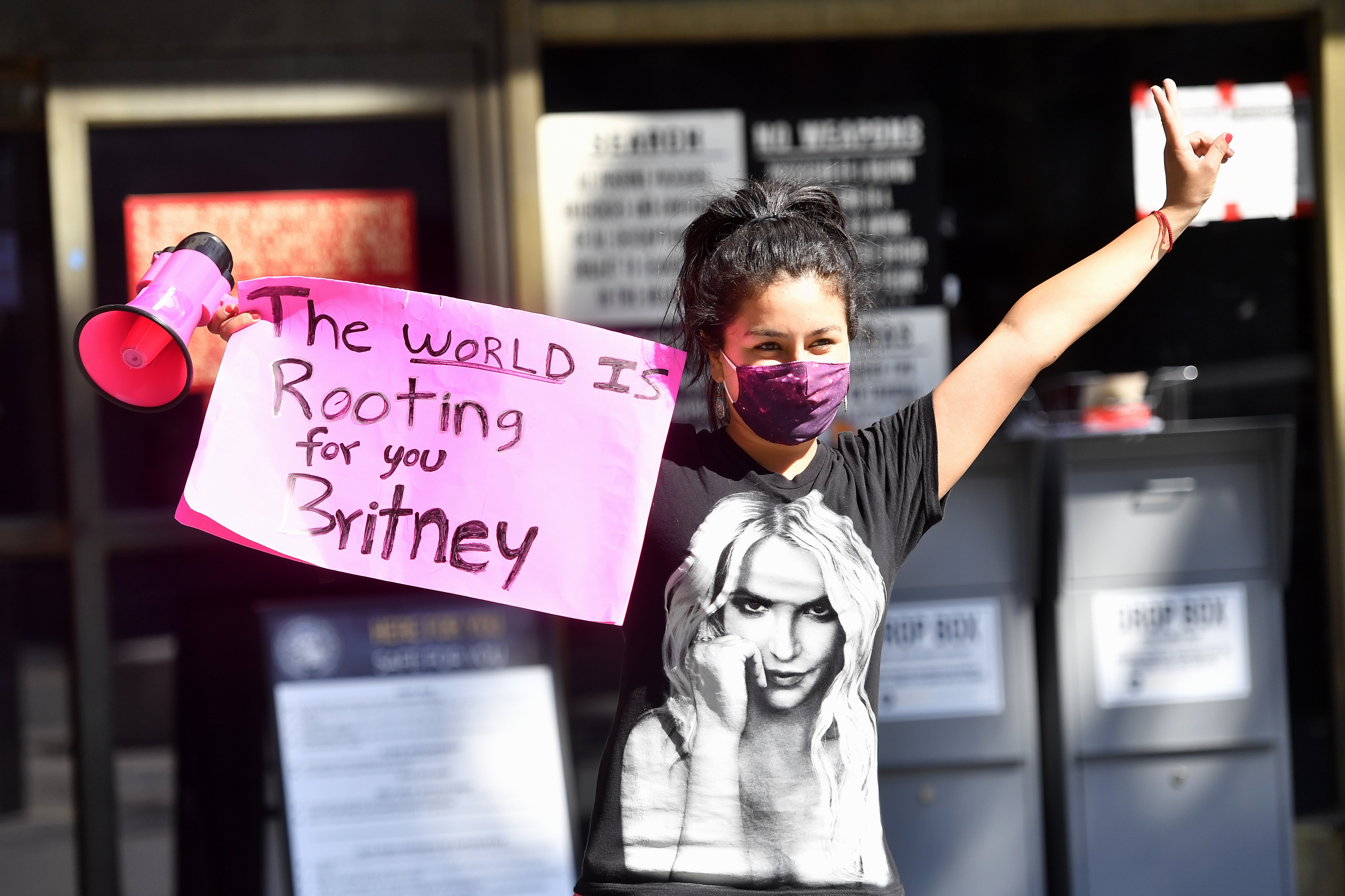 Image Source: Getty Images/Frazer Harrison | A participant of the #FreeBritney protest at the LA courthouse
