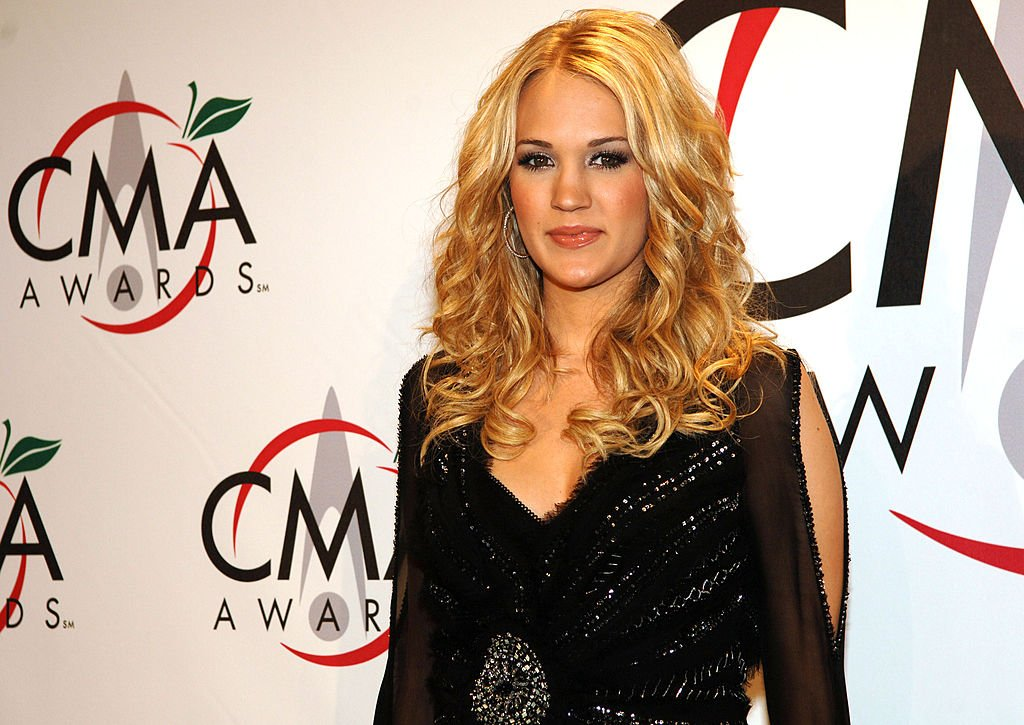 Image Credit: Getty Images / The 39th Annual CMA Awards - Press Room Carrie Underwood, presenter Vocal Group of the Year.