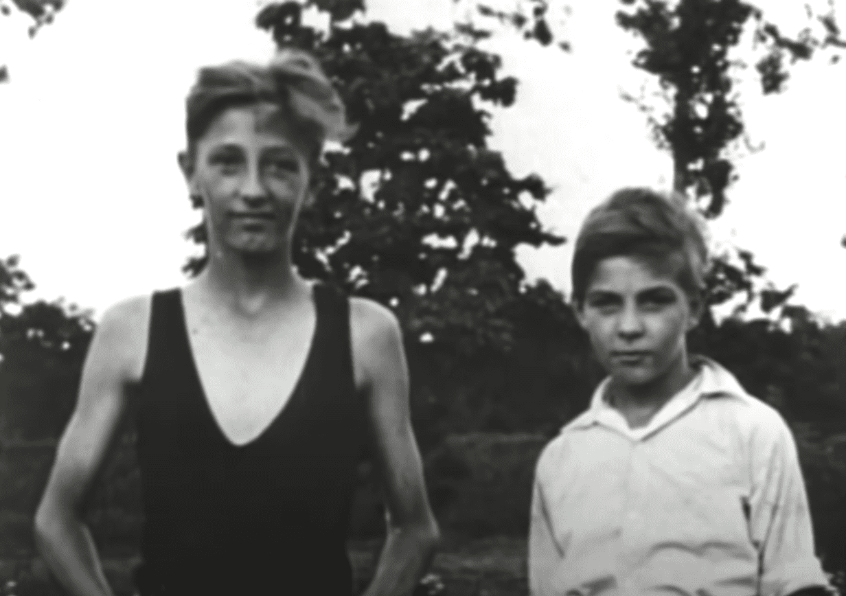 Image Source: Youtube/The Hollywood Collection| Mitchum as a young boy